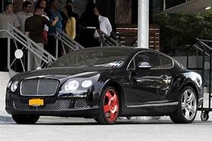 Kanye West and Jonathan Cheeban in a Busted Bentley - Zimbio