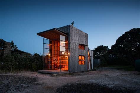 plattform am haus ein strandhaus zum mitnehmen sweet home