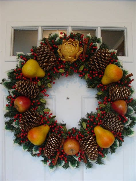 colonial williamsburg wreath images  pinterest