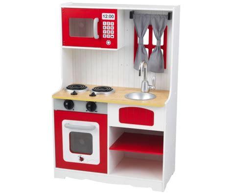 cuisine en bois en jouet cuisine pour enfant en bois coccinelle rêves
