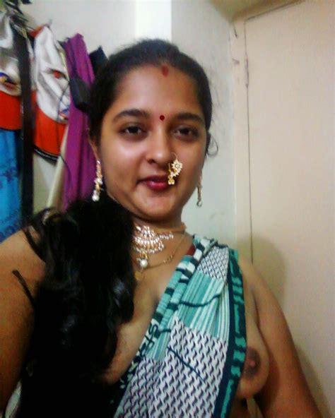 Desi Aunty Hot Boob Show Porno Photo
