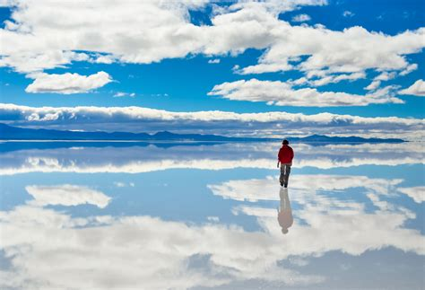 Your Best Guide to the Uyuni Salt Flats