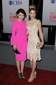 2012 People's Choice Awards Celebrity Red Carpet Arrivals ...