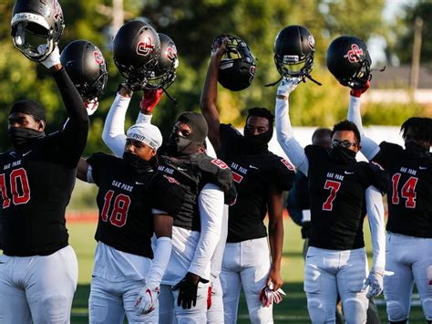 Michigan high school football scores: Live updates for ...