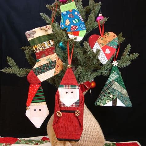 paper pieced christmas ornaments