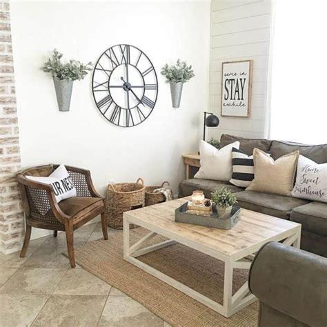 rustic living room wall decor ideas  designs