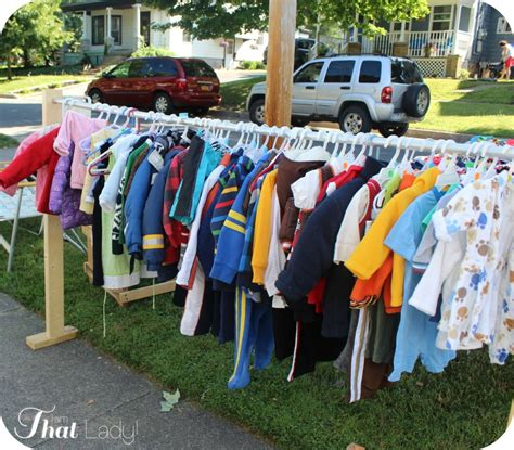 How To Price Clothes For A Garage Sale by Pricing Garage Sale Items