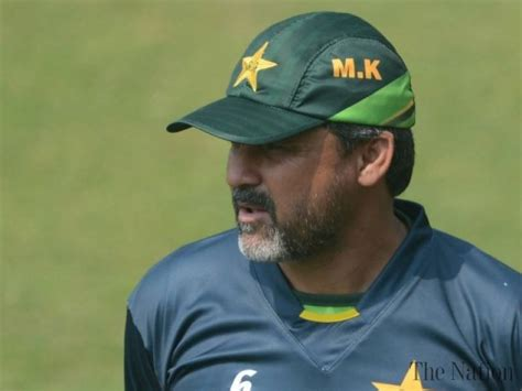 Moin Khan Apologizes Over Casino Visit