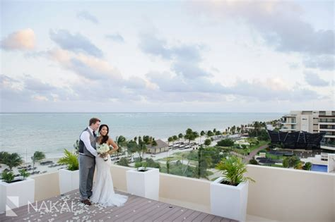 cancun destination wedding    royalton riviera