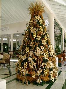 Huge Christmas tree in lobby bar Picture of Luxury Bahia