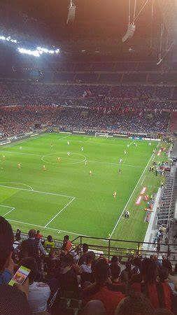 posti a sedere stadio san siro visione anello posti a sedere foto di stadio giuseppe