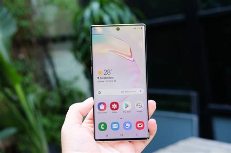 samsung galaxy note 10 plus review it s big and it s powerful
