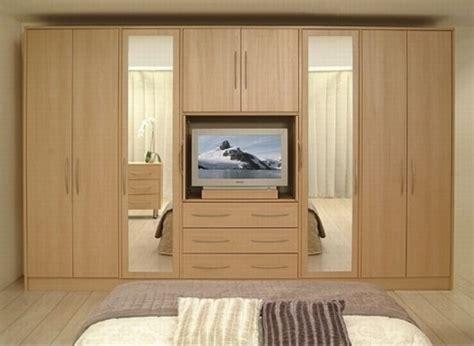 Wardrobe Designs For Bedroom by 10 Modern Bedroom Wardrobe Design Ideas