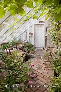 Gewächshaus Einrichten Boden : beautiful garden room conservatory with lovely red brick floor and lots of plants the great ~ Orissabook.com Haus und Dekorationen