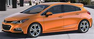 2017 Chevrolet Cruze hatchback unveiled in the US