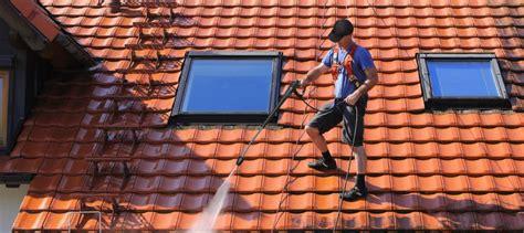 les produits de nettoyage de toiture