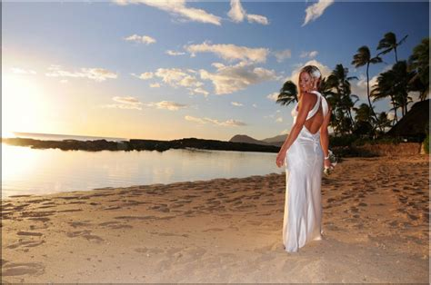 Sunset Wedding Packages at BRIDAL DREAM HAWAII