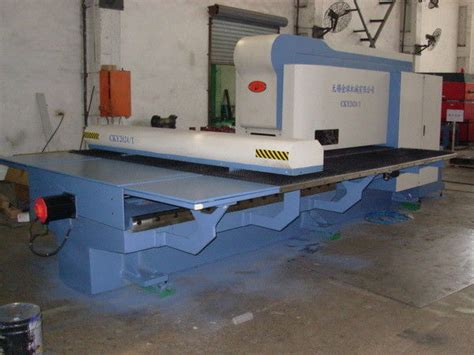 High Precision Sheet Metal Hole Punch Machine Hydraulic