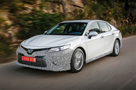 Toyota Camry Uk by Toyota Camry 2018 Review Autocar