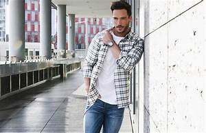 Button Down Shirts That You Need to Know | The Idle Man