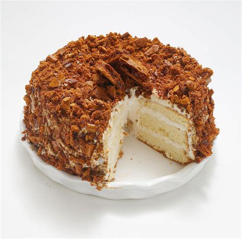 Blum's coffee crunch cake on tuesday, september 19, 2017, in san francisco, calif.liz hafalia/the chronicle. Lost San Francisco dishes you thought you might never taste again | Coffee crunch cake recipe ...