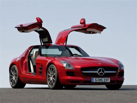 In 2012 mercedes launched the sls amg gt, which was available both in coupe and roadster forms. 2011 Mercedes-Benz SLS AMG Gullwing-Harnodi | Automotive News