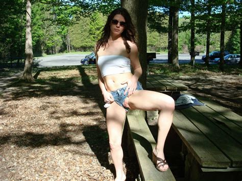 Amateur In The Park Girls Flashing Sorted By Position