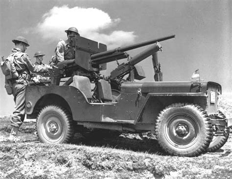 military jeep with gun jeep 39 s were often times mounted with weapons pictured is