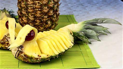 obst schnitzen ananas enten food