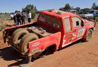 lowndes crashes at safari