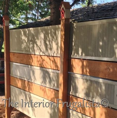 privacy fences   turn  yard   secluded