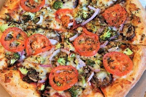 cottage inn pizza cottage inn pizza celebrates national pizza month
