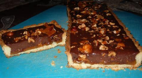 tarte au chocolat au lait aux noisettes caramelisees au