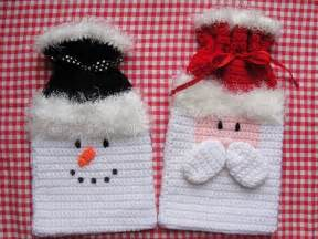 holiday christmas gift bags crochet pattern by toocutecrochet