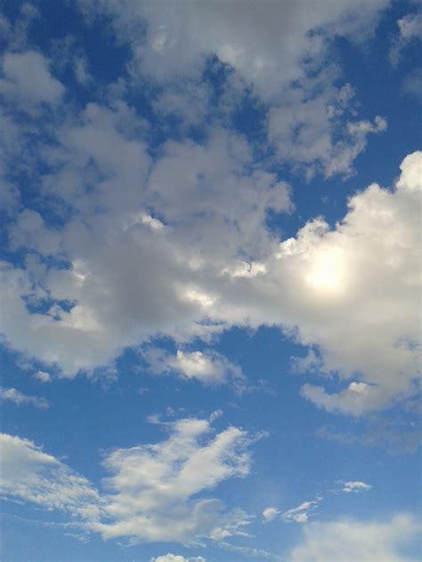 gambar wallpaper keren awan