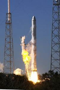 Private space race heats up as shuttle retires