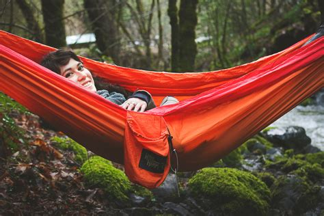 Hammock Review by Review Hobo Hammock Cing Travel Hammock For