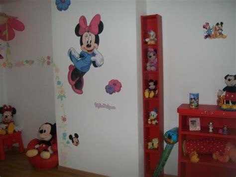 chambre fille minnie décoration chambre minnie