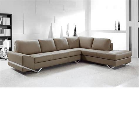 modern leather sectional dreamfurniture divani casa vanity modern leather