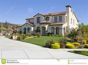grande maison luxueuse image stock image 1144061 With rever d une grande maison