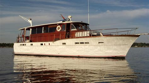 Chris Craft Boats For Sale by 1957 Chris Craft 56 Salon Motor Yacht Boat For Sale