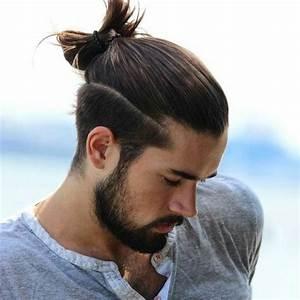 Lange Haare Männer Stylen : trendfrisuren f r m nner aktuelle haarschnitte f r 2017 ~ Frokenaadalensverden.com Haus und Dekorationen