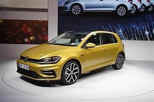 Volkswagen Golf Carat Exclusive : 2017 volkswagen golf prices revealed autocar ~ Medecine-chirurgie-esthetiques.com Avis de Voitures