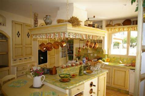 modele papier peint cuisine cuisine provencale architecte perpignan arche