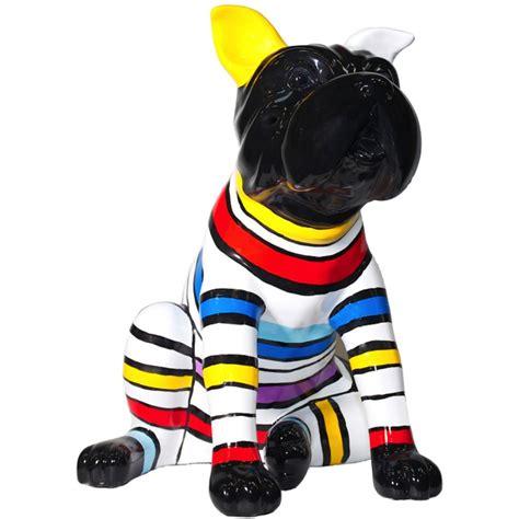 statue sculpture decorative design chien assis rayures en