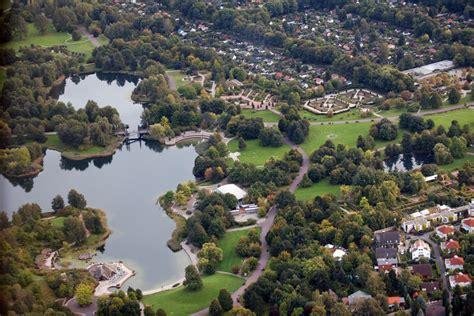 Britzer Garten Rotkopfweg by Britzer Garten Berlin Foto Bild Landschaft