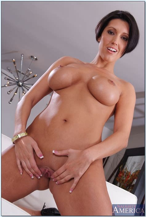 Exquisite Milf Dylan Ryder Reveals Her Comely Tits And
