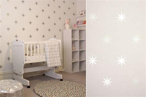 papier peint pour chambre bebe fille papiers peints célestes pour une chambre d 39 enfant