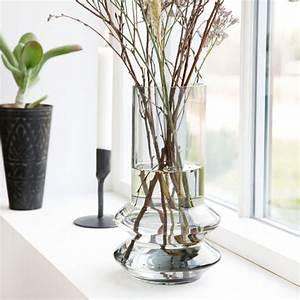Vase En Verre Haut : vase en verre haut forms gris transparent house doctor perlin paon paon ~ Nature-et-papiers.com Idées de Décoration