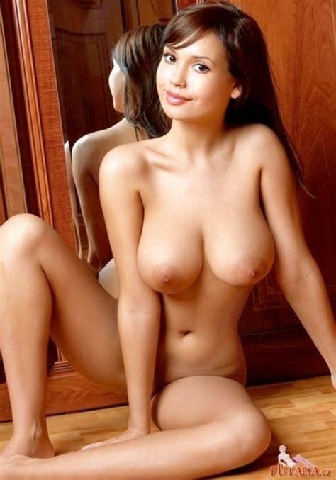 Busty Brunette Porn Photo EPORNER
